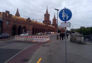 Oberbaumbrücke ohne Radfahrende
