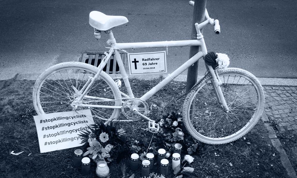 Mahnwache für eine von einem LKW getötete Radfahrerin, Alt-Mariendorf, 17.6.2019