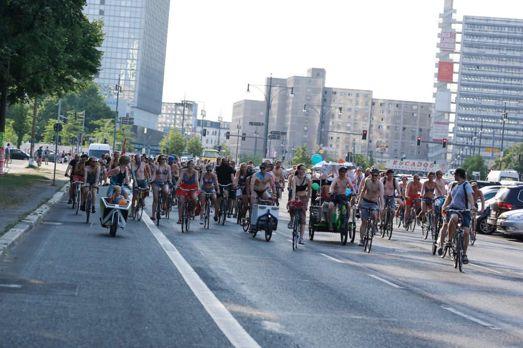 Berlin Bikini Badehose Bike Ride